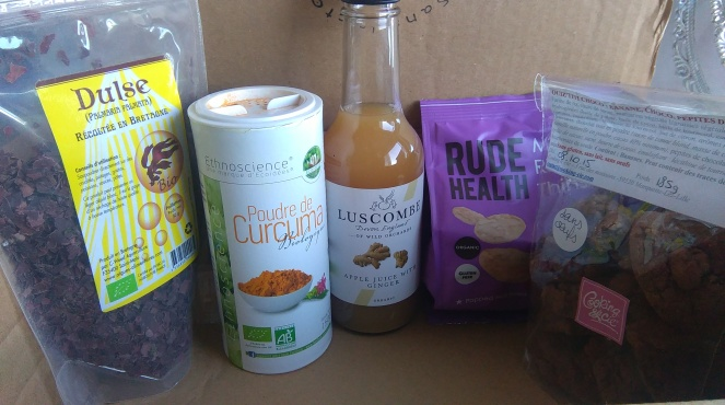 box nature curieuse dulse algue cuisine poudre de curcuma jus de pomme au gingembre chips de riz cookies vegan