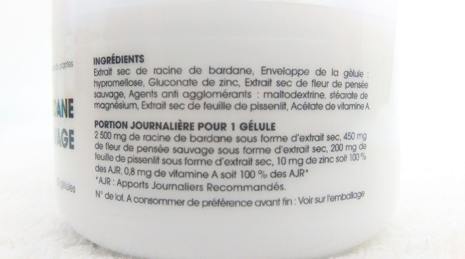 attenuer-son-acne-grace-aux-complements-alimentaire-pensee-sauvage-zinc-bardane-phytalessence